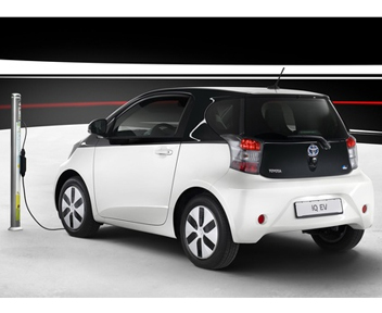 Toyota-iQ-EV-312.jpg